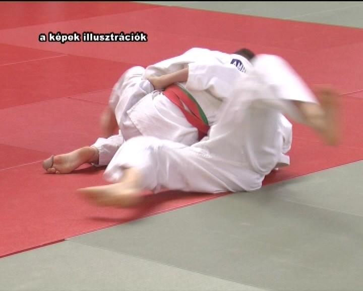 0505_sport_judo.mpg_snapshot_00.12_[2016.05.05_16.20.03]